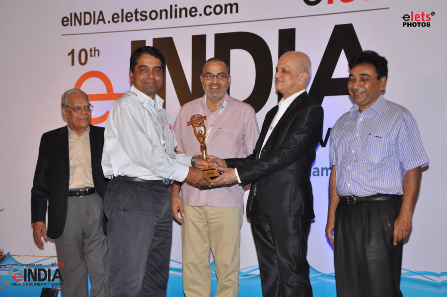 Shri Madhusudan Padhi, IAS, was receiving e-India Award at Kerala for Mobile Governance in Paddy Procurement in Odisha for the year 2013-14.